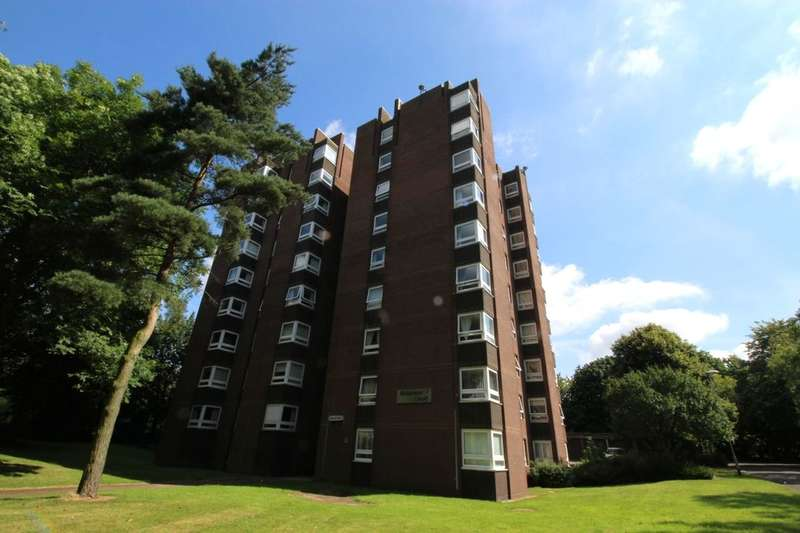 1 Bedroom Flat for sale in Robinson Court Ripon Road, Blurton, Stoke-On-Trent, ST3