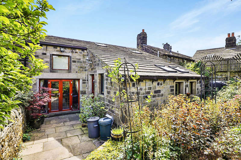 3 Bedrooms Semi Detached House for sale in Whitehall Fold Northgate, Heptonstall, Hebden Bridge, HX7
