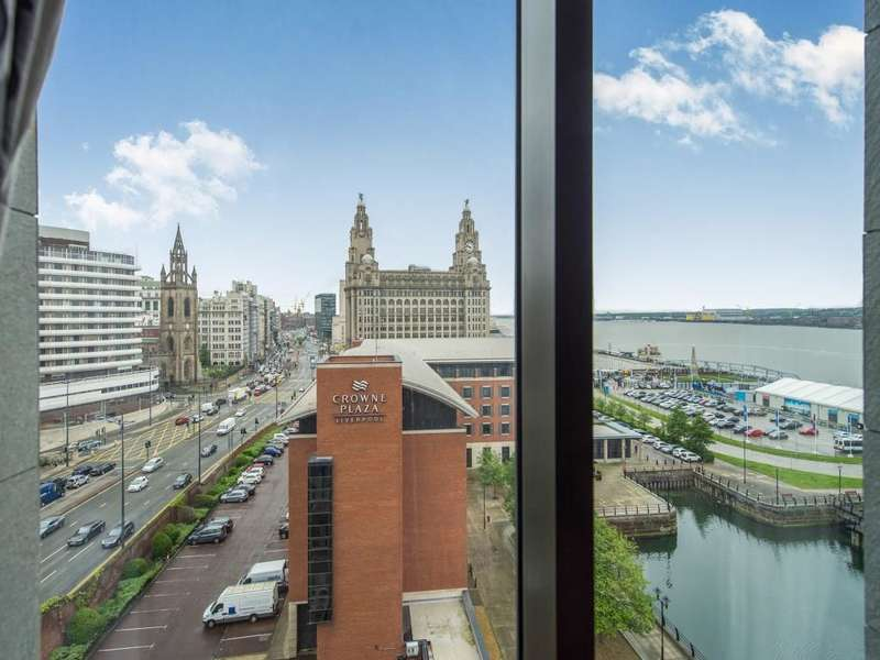 2 Bedrooms Flat for sale in William Jessop Way, Liverpool, L3