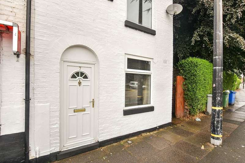2 Bedrooms Terraced House for sale in Barton Road, Stretford, Manchester, M32