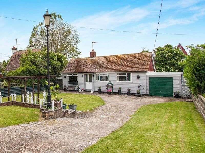 3 Bedrooms Detached Bungalow for sale in Seaholm Rye Harbour Road, Rye, TN31