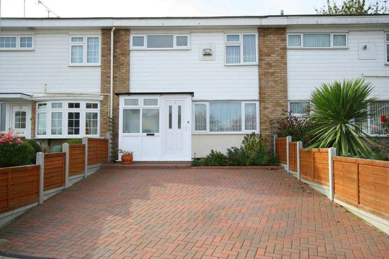3 Bedrooms Terraced House for sale in Beams Close, Billericay