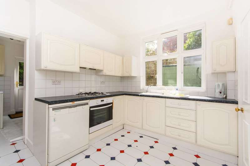 4 Bedrooms House for sale in Westwell Road, Streatham Common, SW16