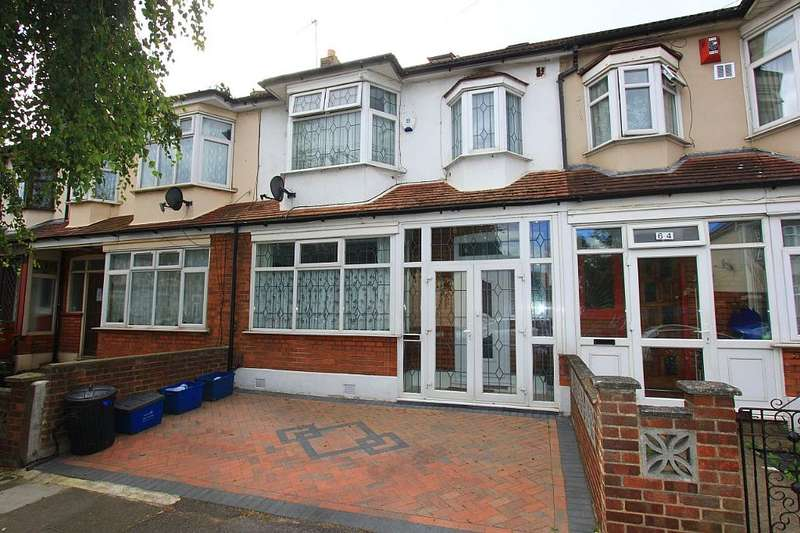 5 Bedrooms Terraced House for sale in Thornton Road, Ilford, London, IG1 2ER