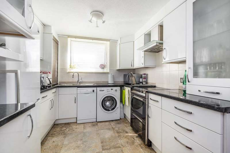 3 Bedrooms House for sale in Wheatlands, Hounslow, TW5