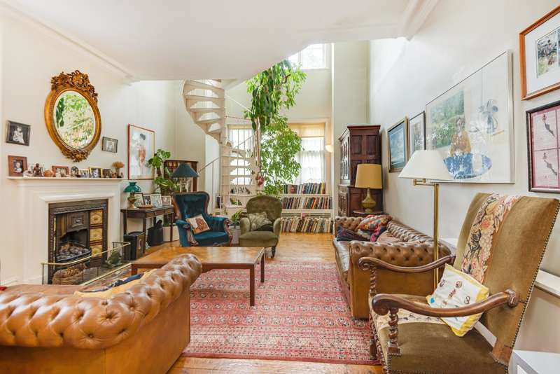 5 Bedrooms House for sale in Belsize Lane, London