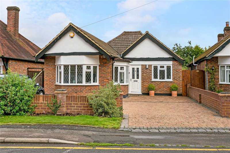 3 Bedrooms Detached Bungalow for sale in Orchard Lane, Amersham, Buckinghamshire, HP6