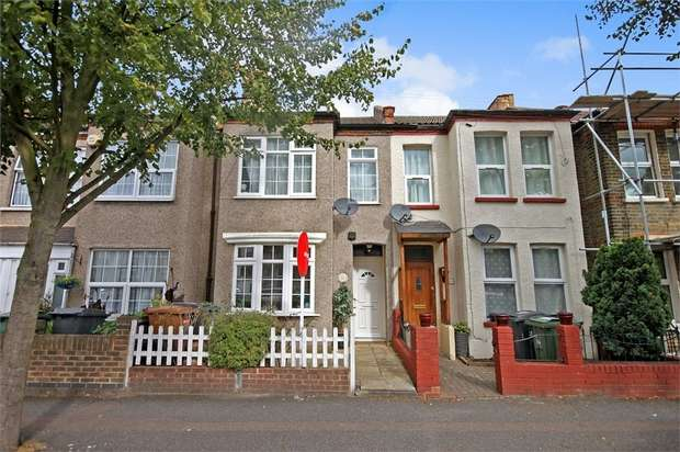 2 Bedrooms Terraced House for sale in Macdonald Road, Walthamstow, London