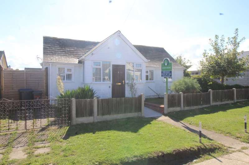 2 Bedrooms Detached Bungalow for sale in Wolseley Avenue, Herne Bay, CT6