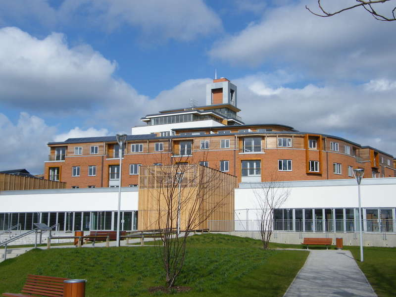 2 Bedrooms Apartment Flat for sale in Castle Quay, Castle Lane, Bedford, MK40