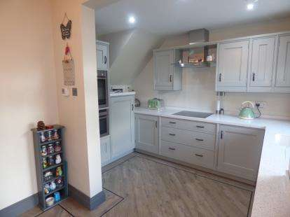 3 Bedrooms Semi Detached House for sale in Garswood Close, Burnley, Lancashire