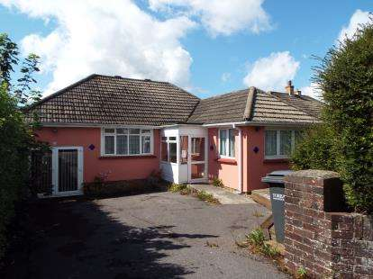 3 Bedrooms Bungalow for sale in Preston, Paignton, Devon