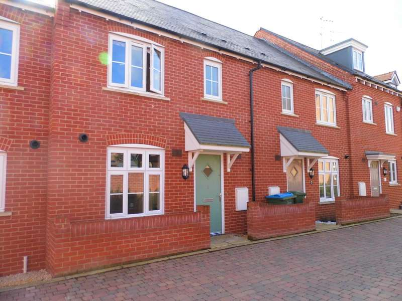 3 Bedrooms Terraced House for sale in Buckingham Park