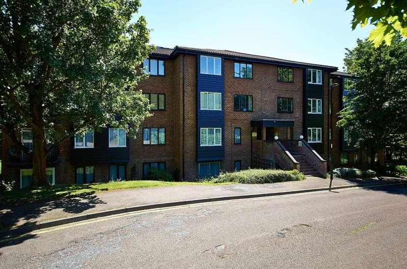 1 Bedroom Flat for sale in Steep Hill, Croydon