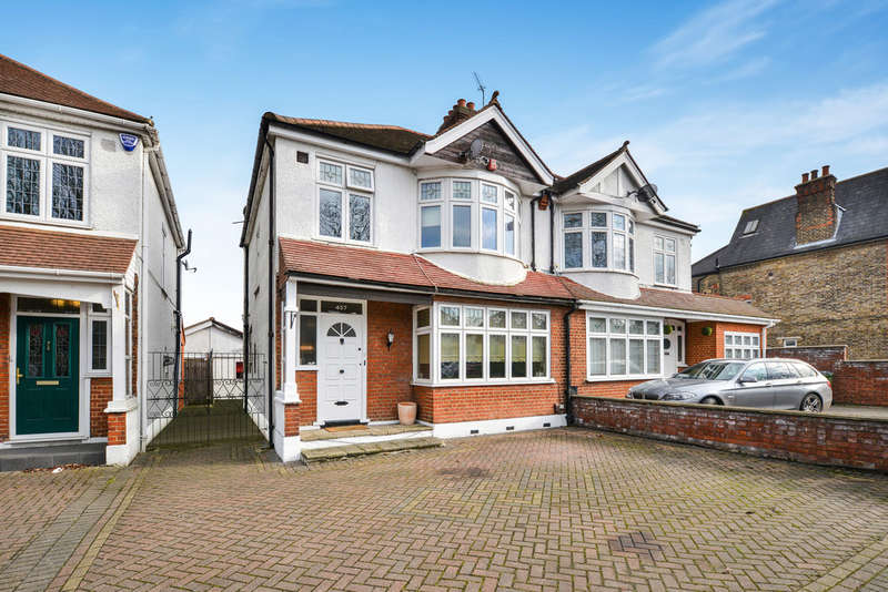 4 Bedrooms Semi Detached House for sale in Footscray Road, London, SE9 3UL