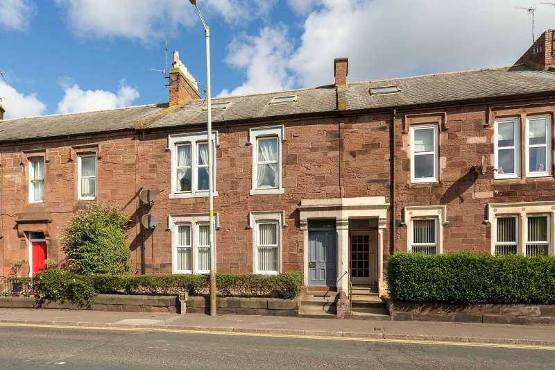 2 Bedrooms Ground Flat for sale in Cairnie Street, Arbroath, Angus, DD11 3BL