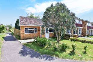 2 Bedrooms End Of Terrace House for sale in Merton Road, Bearsted, Maidstone, Kent