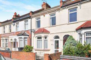 2 Bedrooms Terraced House for sale in Dalmally Road, Croydon