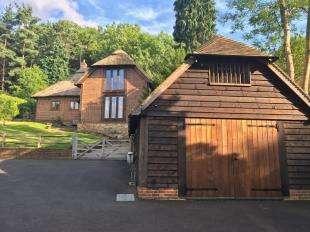 4 Bedrooms Detached House for sale in Fairglen Road, Wadhurst, East Sussex