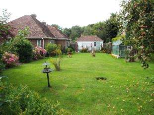 3 Bedrooms Bungalow for sale in The Broyle, Ringmer