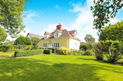 4 Bedrooms Detached House for sale in The Green, Ickwell, Biggleswade, Bedfordshire