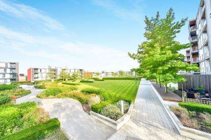2 Bedrooms Flat for sale in Pearl House, 10 Merrivale Mews, Milton Keynes, Buckinghamshire