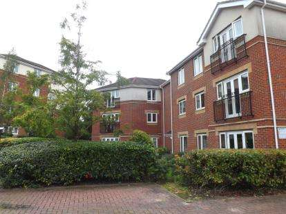 2 Bedrooms Flat for sale in Langstaff Way, Southampton, Hampshire