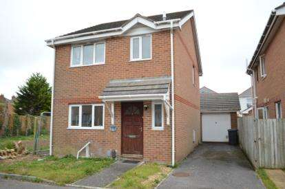 3 Bedrooms Detached House for sale in Ensbury Park, Bournemouth, Dorset