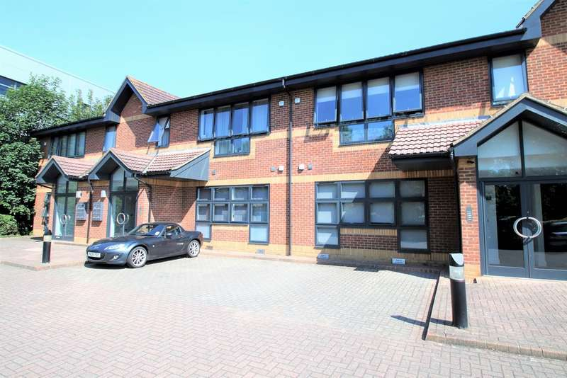 1 Bedroom Flat for sale in Oldfield Road, Hampton