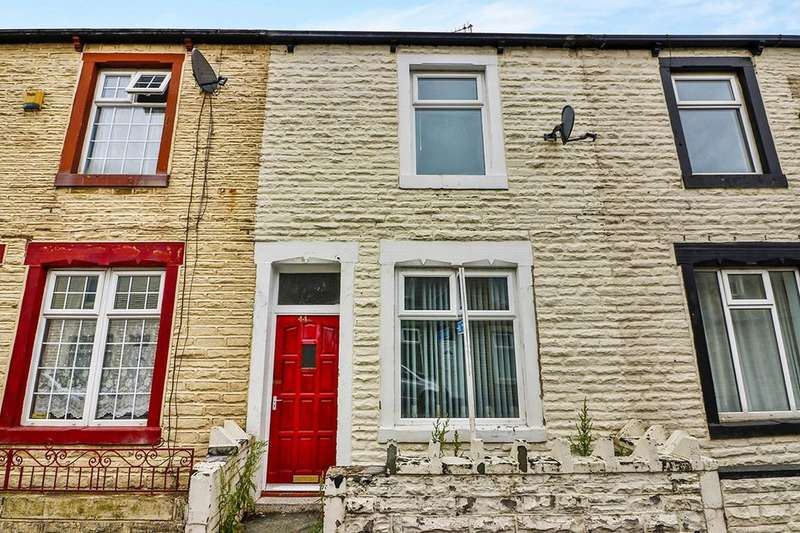 2 Bedrooms Terraced House for sale in Bar Street, Burnley, BB10