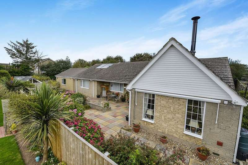 4 Bedrooms Detached Bungalow for sale in Green Lane, Bempton, Bridlington, YO15