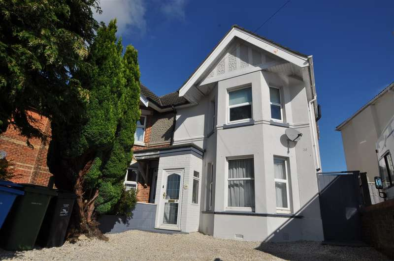 3 Bedrooms Semi Detached House for sale in Alexandra Park