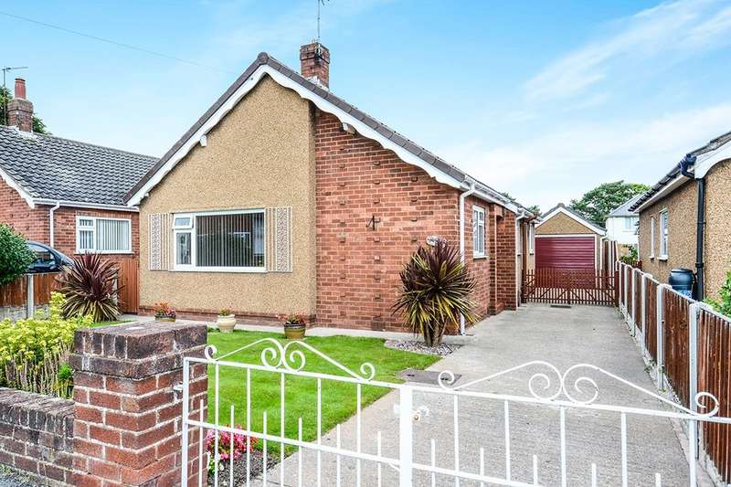 2 Bedrooms Detached Bungalow for sale in Clifton Rise, Abergele, LL22
