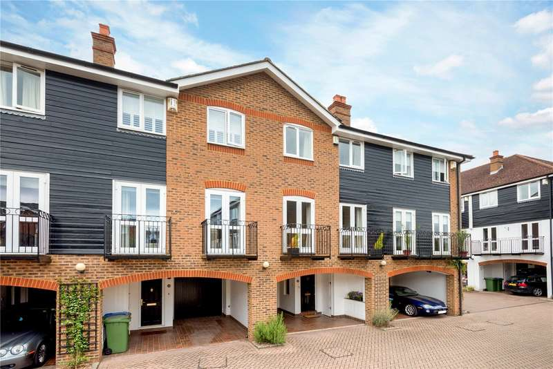 4 Bedrooms House for sale in Harvest Lane, Thames Ditton, Surrey, KT7