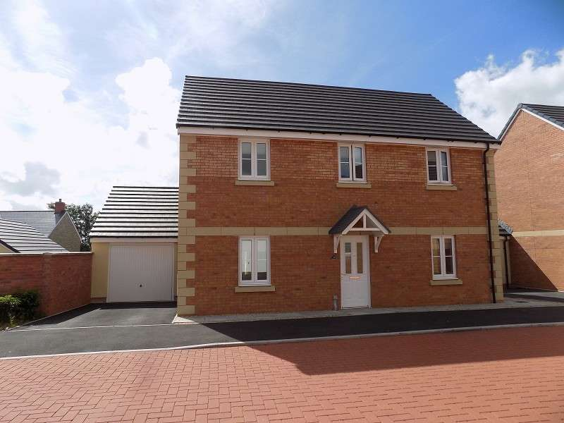 4 Bedrooms Detached House for sale in Rhodfar Celyn , Coity, Bridgend. CF35