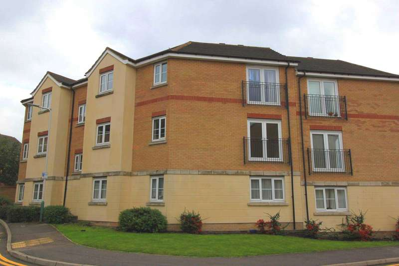 2 Bedrooms Flat for sale in Nightingale Crescent, Harold Wood