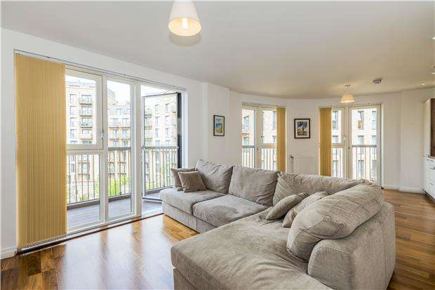 1 Bedroom Flat for sale in Royal Court, 123, Connersville Way, Croydon, CR0 4FS
