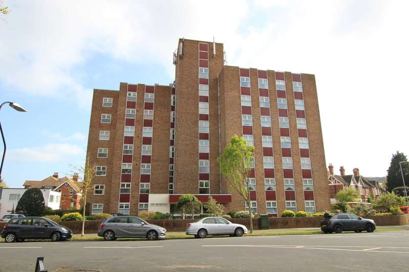 3 Bedrooms Flat for sale in St Johns Road, Eastbourne,