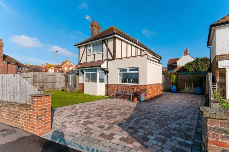 3 Bedrooms House for sale in Steyne Road, Seaford, BN25 1AL