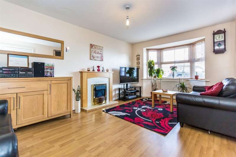 6 Bedrooms Semi Detached House for sale in Whitehouse Drive, Smethwick, West Midlands, B66