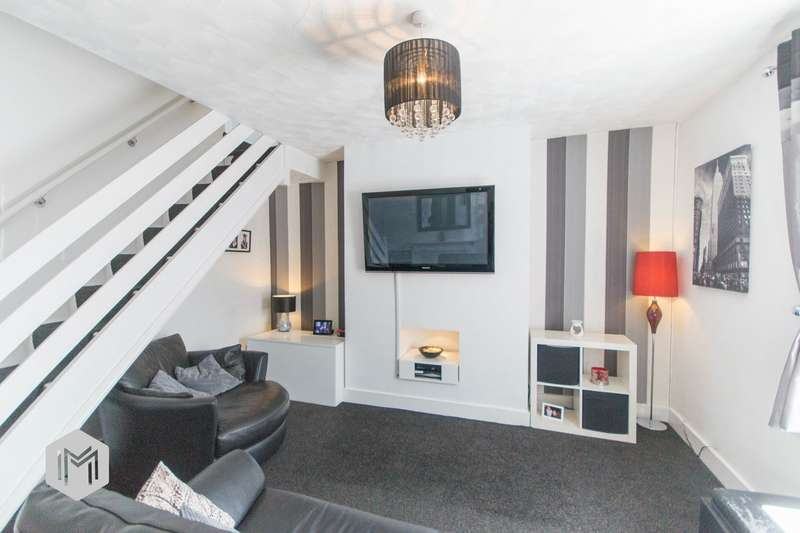 2 Bedrooms Terraced House for sale in Lever Street, Radcliffe, Manchester, M26