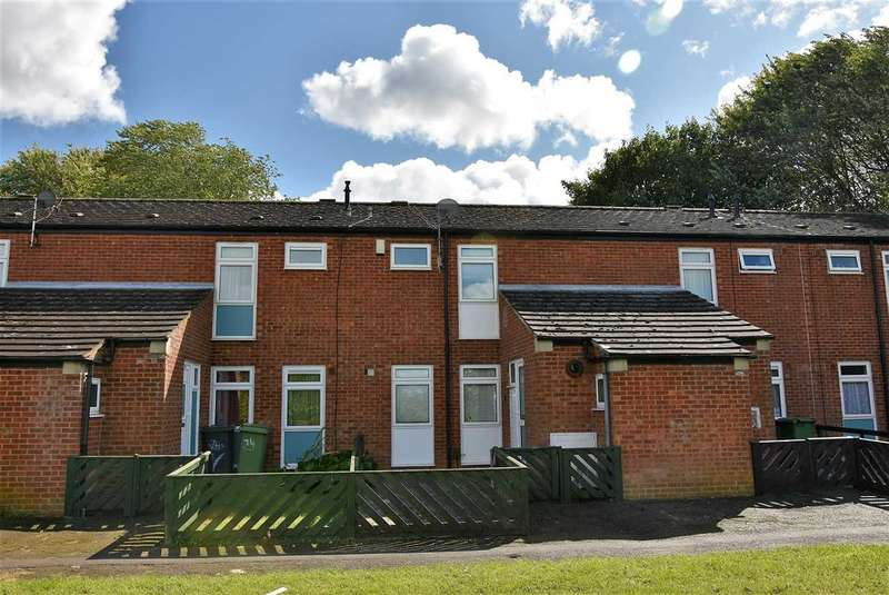 3 Bedrooms Terraced House for sale in Fulmar Lane, Wellingborough, NN8 4AF