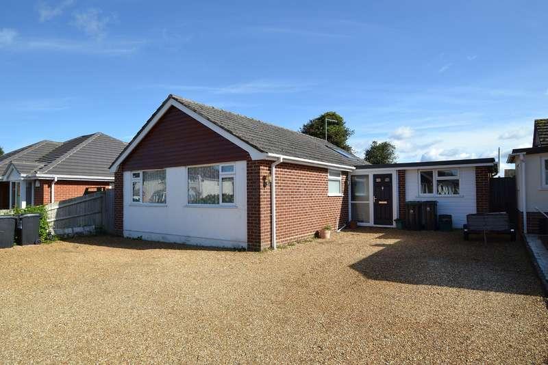 4 Bedrooms Bungalow for sale in Wimborne
