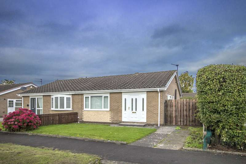 2 Bedrooms Bungalow for sale in Remus Close, Wideopen, Newcastle Upon Tyne