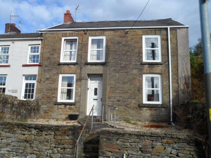 3 Bedrooms Semi Detached House for sale in Wern Road, Ystalyfera, Swansea