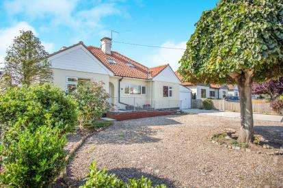 6 Bedrooms Bungalow for sale in Gorleston-On-Sea, Great Yarmouth, Norfolk