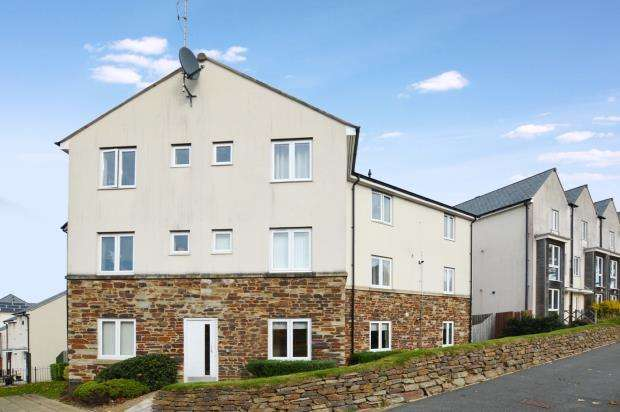 2 Bedrooms Flat for sale in Whitehaven Way, Plymouth, Devon