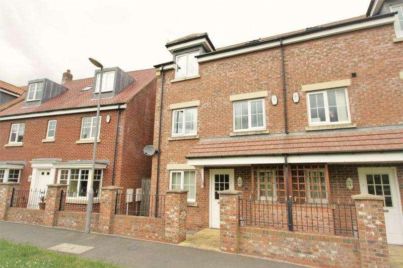 4 Bedrooms Semi Detached House for sale in Rockbourne Way, Ingleby Barwick, Stockton, TS17 5LH
