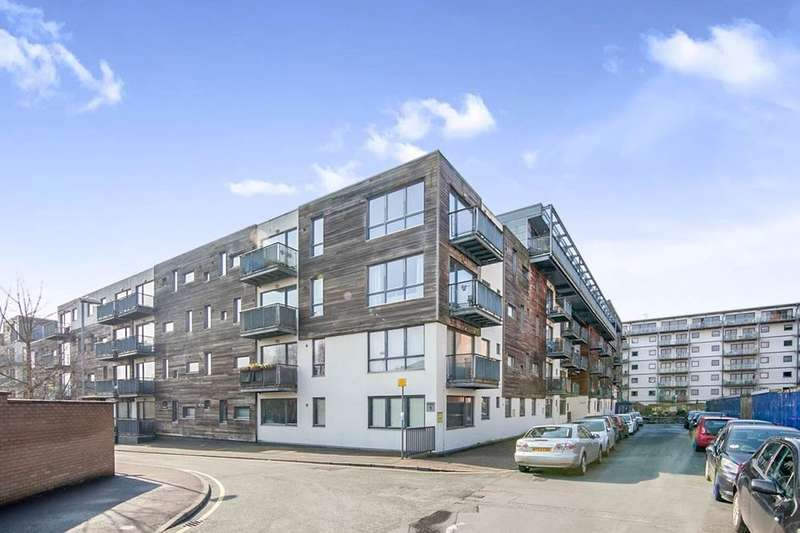 2 Bedrooms Flat for sale in Advent House, 1 Isaac Way, Manchester, M4