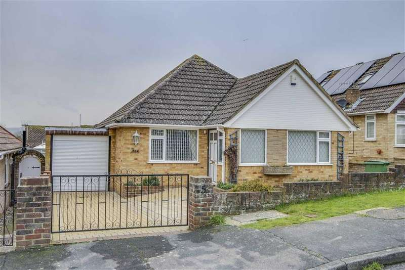 3 Bedrooms Detached Bungalow for sale in The Grove, Newhaven